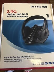 Digital and hi fi wireless headphones New and boxed