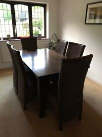 Dining table and 6 chairs - **Essex**