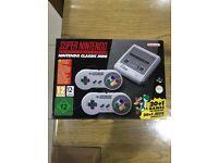 Super Nintendo Mini (SNES MINI) 2017 - 21 Games, 2 Controllers