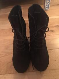Topshop second hand wedge heel ankle boots - Size 9/42