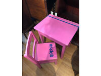Girls wooden pink desk and Chair £20 desk size L 18 in D 14 in H 20 in with chair