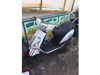 Sinnis 50cc Moped