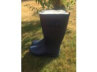 Navy ladies wellies - size 5