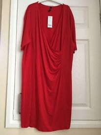 BNWT dress from Loved Robe in Fire Engine Red