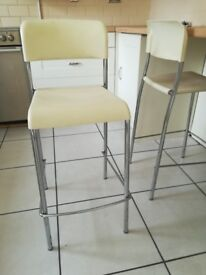 4x cream bar stools