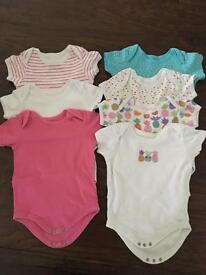 Baby girl bundle size 18-24