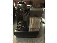 Nespresso Delonghi Lattissima Touch, Black coffee machine