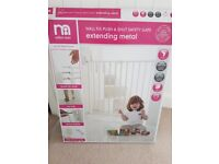 Mothercare Wall Fix Push & Shut Safety Gate, Extending