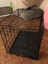 Dog crate **** 2 weeks old ****