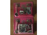 BRAND NEW - MONSTER HIGH WALLET AND WATCH SET - EXCELLENT STOCKING FILLER