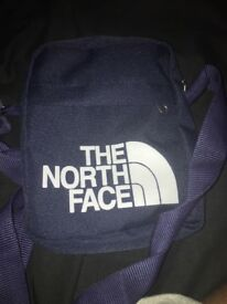 Men's North face pouch navy