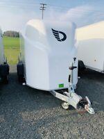 Kofferanhänger Vollpoly Debon Cargo 1300 weiss NEU!!! Bayern - Pirk Vorschau