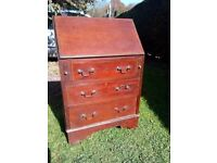Antique Bureau writing desk with 3 drawers in good condition