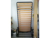 Single wall bed, vertical, perfect condition