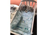 New born - 9 month Swinging white crib
