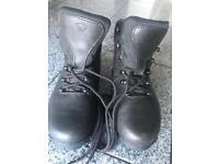 Brasher Gore-Tex AZUMA Ladies Hiking Boots Size 4