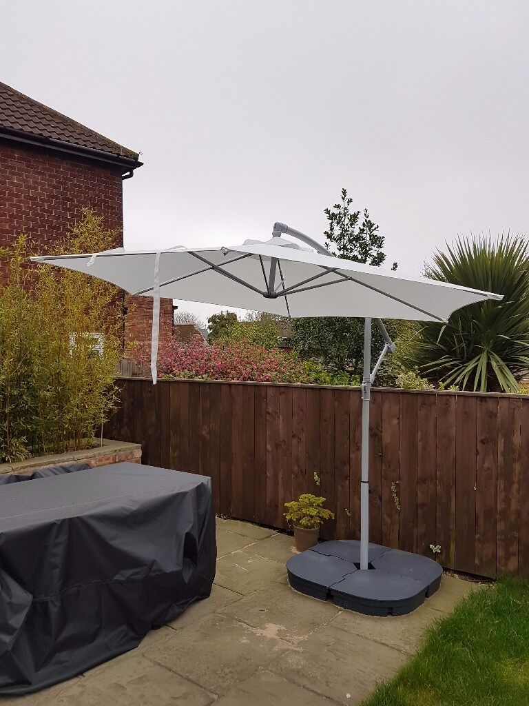 ikea parasol with base and cover in stockton on tees county durham gumtree. Black Bedroom Furniture Sets. Home Design Ideas