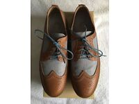 FRED PERRY, SIZE 11, TAN LEATHER AND CHECK MATERIAL MENS SMART CASUAL SHOES