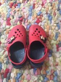 Size 8 crocs