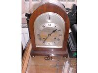 antique English clock 19c superb