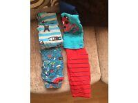 4 pairs of kids pyjamas