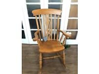 Solid pine Rocking Chair Free Delivery Ldn🇬🇧