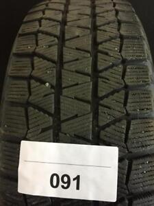 1 PNEUS HIVER USAGÉS / USED WINTER TIRES 205/65R16 20565R16 95T BRIDGESTONE BLIZZAK WS80 (3 DE DISPONIBLES)