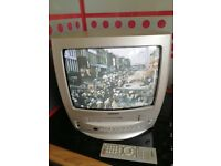 SAMSUNG 14 INCH PORTABLE TV WITH VHS PLAY BACK AND RECORD - GOOD WORKING CONDITION