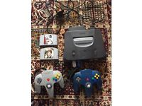 Nintendo 64, N64 plus 2 controllers and 2 games