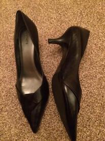 Black heels Barratts size 7