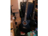 Lindo Acoustic Bass - New condition (No damage whatsoever)