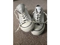 *QUICK SALE* size 5 Converse All Star worn once! £20