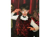 Boys Vampire Halloween Costume age 7-8 Perfect condition