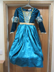 Disney store Merida Brave dress, cloak and crown, haggis earrings and shoes, excellent condition