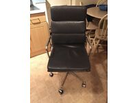 Charles Vitra Eames Office Chair