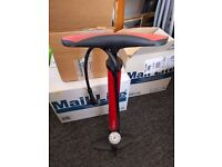 Floor pump for bicycle