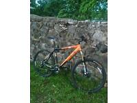 TREK 6 SERIES, MOUNTAIN WITH HYDRAULIC DISC BRAKES, £200