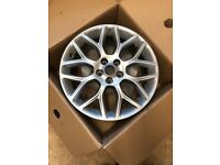 Ford Focus 8 spoke y 18 inch alloy wheel comes with new nuts and valve