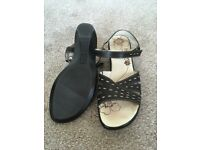 Ladies Padders Sandals Black with stitching Size 39