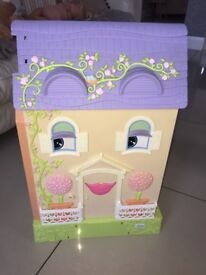 Mrs Goodbee interactive dolls house ( Learning Curve)