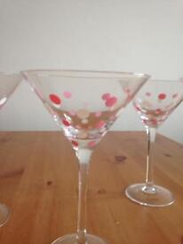 8 pink dots pampered Chef Martini Glasses