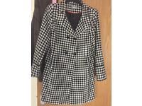 Size 14 Wallis ladies coat wore once
