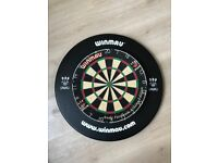 Winmau Dart Board and Surround Rubber Ring