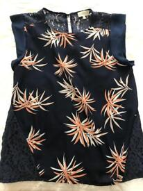 Apricot navy top size 14