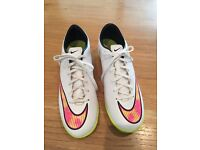 White Nike mercurial indoor football boots