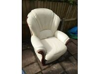 CREAM LEATHER CHAIR WITH WOODEN TRIM - SOO COMFY