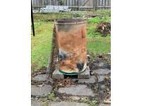 Incinerator bin