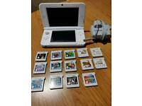 Nintendo 3 DS, 14 games, charger