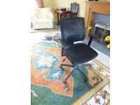 Staples computer swivel chair, mesh back, adjustable height, ergonomic design