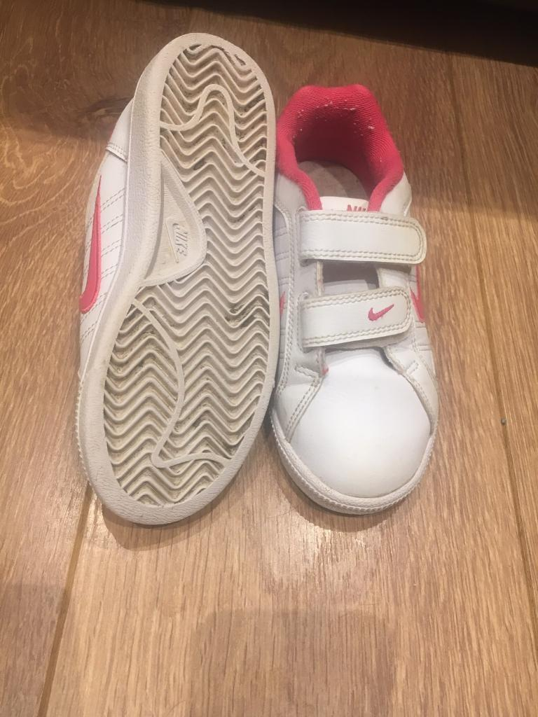 Girls Nike trainers. Size 11.5